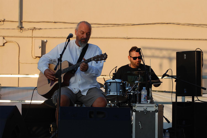 Eugenio Finardi sul palco de l'isola in collina 2012