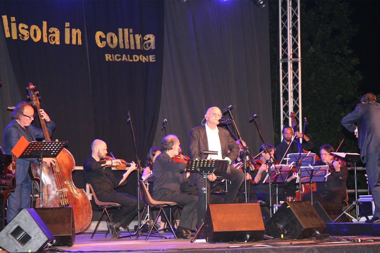Gino Paoli sul palco de l'isola in collina 2017