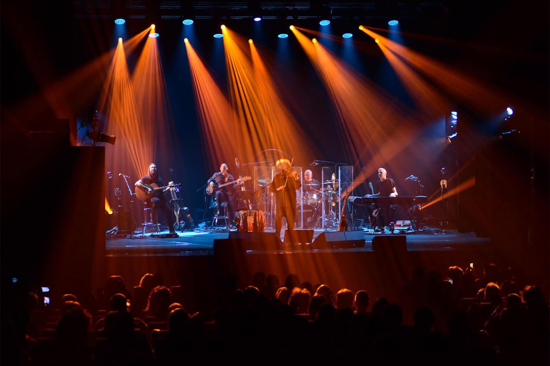 Angelo Branduardi sul palco de l'isola in collina 2019
